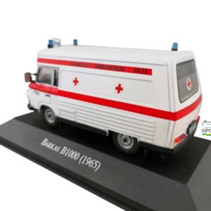 Schaalmodel 1:43 Barkas B1000 ambulance (1965)
